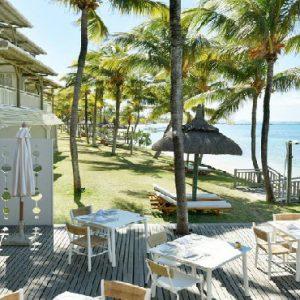 Mauritius Honeymoon Packages Solana Beach Beach Dining1