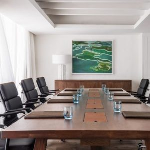 Meeting Room One&Only Le Saint Geran Mauritius Honeymoons