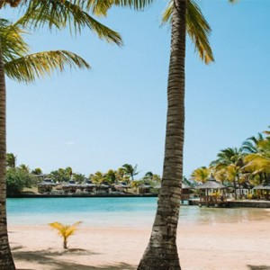 Paradise Cove Boutique Hotel - Luxury Mauritius Honeymoon Package - Beach3