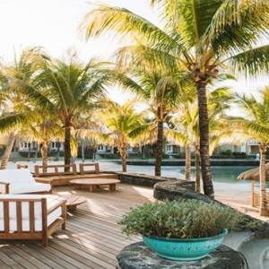 Paradise Cove Boutique Hotel - Luxury Mauritius Honeymoon Package - Seating area