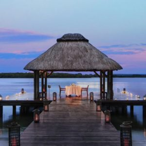 Private Dining Jetty One&Only Le Saint Geran Mauritius Honeymoons