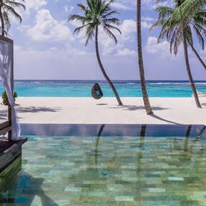 Luxury Maldives honeymoon Packages One And Only Reethi Rah Maldives Grand Sunset