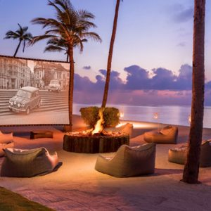Luxury Maldives honeymoon Packages One And Only Reethi Rah Maldives Cinema On The Beach