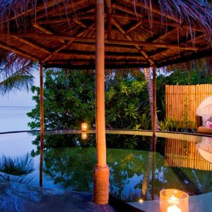 Luxury Maldives honeymoon Packages One And Only Reethi Rah Maldives Spa 5
