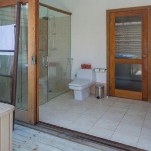 Maldives Honeymoon Packages Meeru Island Resort Jacuzzi Water Villa 7