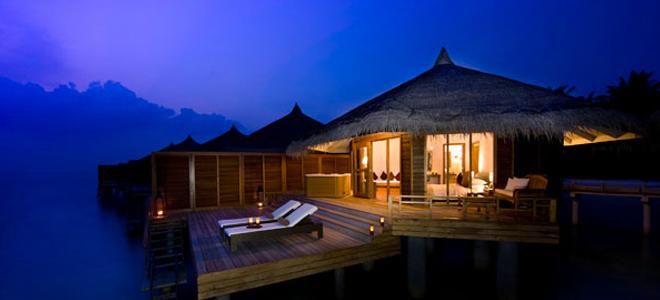 kuramathi island - Water Villas with Jacuzzi - night views