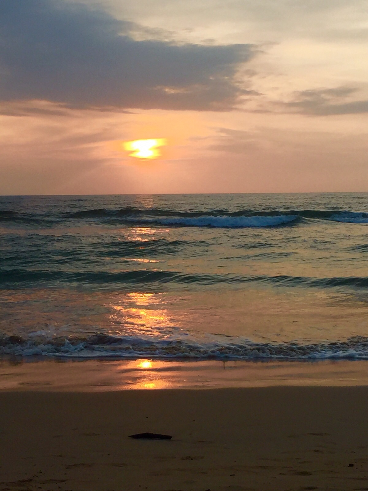 A honeymoon at Centara Ceysands Resort and Spa Sri Lanka - Sunset