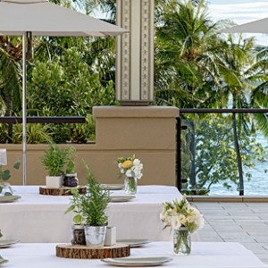 Hyatt Regency Waikiki - Hawaii Honeymoons - Dining