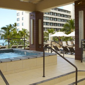 Hyatt Regency Waikiki - Hawaii Honeymoons - Pool