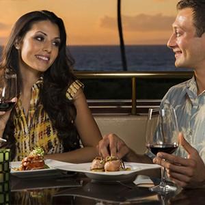 Makena Beach and Golf Resort - Hawaii Honeymoons - Molokini Bar & Grille