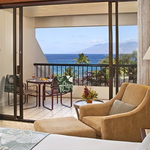 Makena Beach and Golf Resort - Hawaii Honeymoons - Premium Ocean View Room - Bedroom