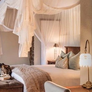 Dulini Lodge Kruger - Safari Honeymoons - Luxury Lodge - Bed 2