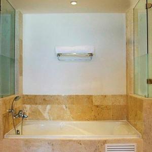 Luxury-Holidays-Dominican-Republic-Secrets-Royal-Beach-Punta-Cana-Bathroom
