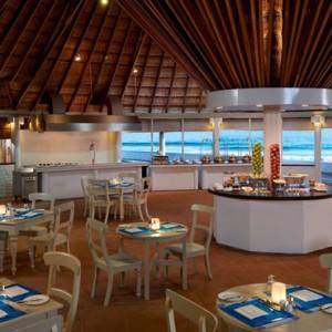 Maakana Restaurant - cinnamon dhonveli - luxury maldives honeymoon packages