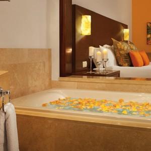 Now Larimar Punta Cana - Dominican Republic Honeymoons - Bath