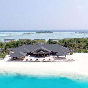Rehendhi Restaurants And Bar Cinnamon Dhonveli Maldives Honeymoons