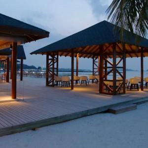 Rehendi Restaurant - cinnamon dhonveli - luxury maldives honeymoon packages