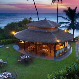 Sri Lanka Honeymoon Packages Taj Bentota Resort And Spa Dining 10