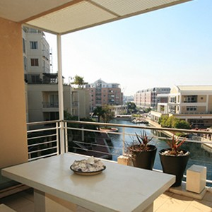 Waterfront Village Cape Town - Cape Town Honeymoon - Luxury One Bedroom Apartment - views