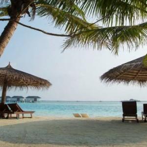 beach 4 - cinnamon dhonveli - luxury maldives honeymoon packages
