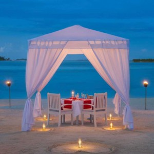 dining 2 - cinnamon dhonveli - luxury maldives honeymoon packages
