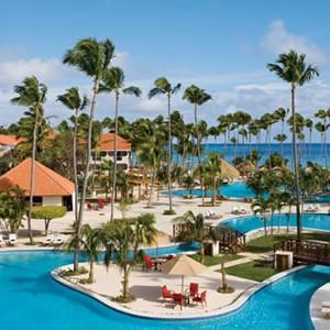 dreams-palm-beach-pool