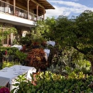 Hawaii Honeymoon Packages Hotel Wailea Maui Dining 2