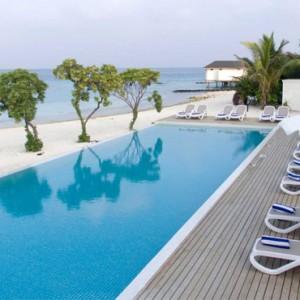 pool 3 - cinnamon dhonveli - luxury maldives honeymoon packages