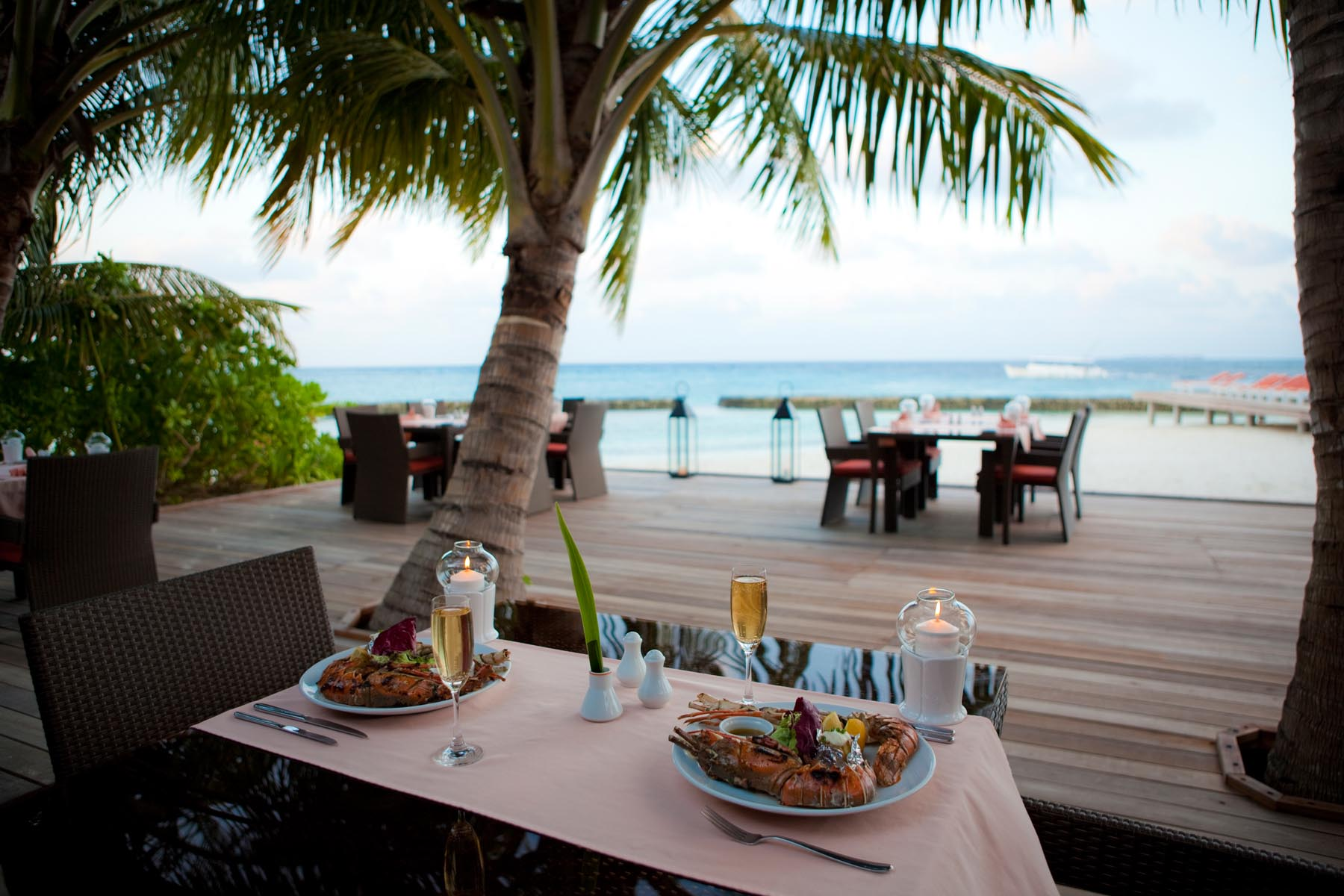 Island Barbeque - Sam and Michelle Takeaway wedding - the Honeymoon - Luxury Maldives Honeymoons