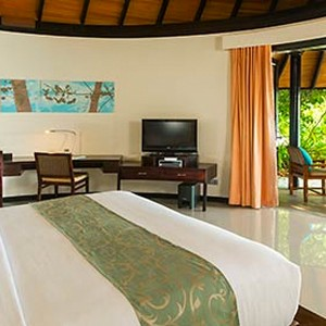 Beach Villa 2- The sun Sivam Iru Fushi - Luxury Maldives Honeymoons