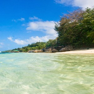 Coco de Mer & Black Parrot Suites - Luxury Seychelles Honeymoon Packages - Beach