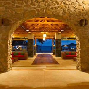 Coco de Mer & Black Parrot Suites - Luxury Seychelles Honeymoon Packages - lobby