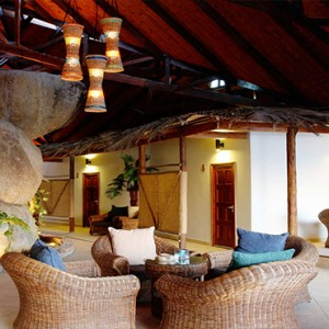 Coco de Mer & Black Parrot Suites - Luxury Seychelles Honeymoon Packages - lobby2