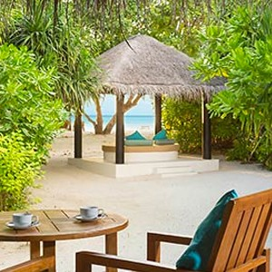 Deluxe Beach Villa - The sun Sivam Iru Fushi - Luxury Maldives Honeymoons