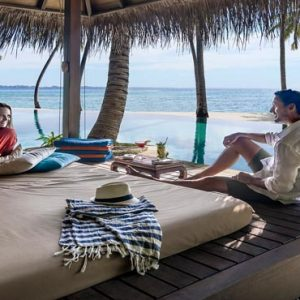 Maldives Honeymoon Packages Shangri La's Villingili Resort And Spa Dine By Design Cabana At The Infinity Pool