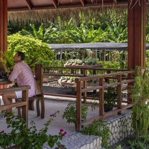 Maldives Honeymoon Packages Shangri La's Villingili Resort And Spa Lunch At Chef's Garden