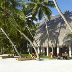 Maldives Honeymoon Packages Shangri La's Villingili Resort And Spa Manzaru Bar