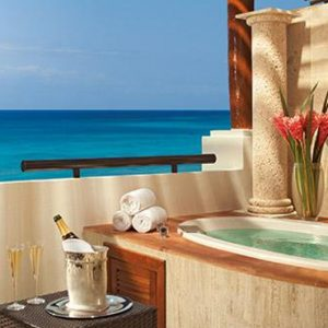 Mexico Honeymoon Packages Now Sapphire Riviera Cancun Preferred Club Junior Suite Ocean Front View1