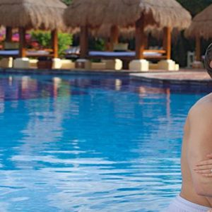 Mexico Honeymoon Packages Now Sapphire Riviera Cancun Couple By Pool