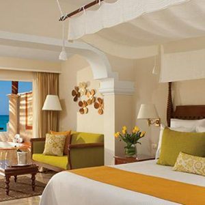 Mexico Honeymoon Packages Now Sapphire Riviera Cancun Suites1