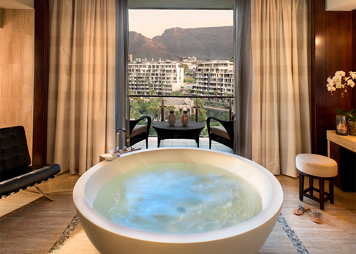 One And Only Cape Town   The Worlds Best Bathtubs With A View   Luxury  Holidays