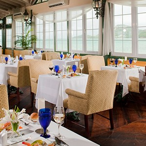 Restaurant - Sandals Halcyon Beach - Luxury St Lucia Honeymoons