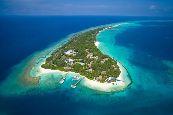 Seaplane - Sam and Michelle Takeaway wedding - the Honeymoon - Luxury Maldives Honeymoons
