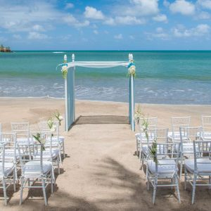 St Lucia Honeymoon Packages St Lucia Weddings Wedding Beach Setup