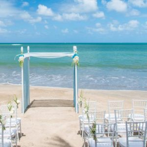 St Lucia Honeymoon Packages St Lucia Weddings Wedding Beach Setup1