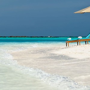 beach 2 - The sun Sivam Iru Fushi - Luxury Maldives Honeymoons