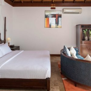 Luxury Maldives Holiday Packages Olhuveli Beach And Spa Resort Maldives Jacuzzi Water Villa 4