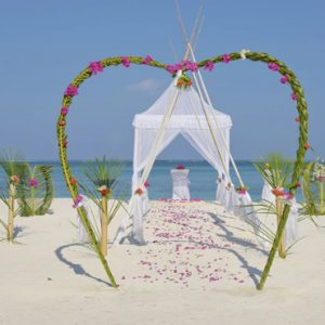 Luxury Maldives Holiday Packages Olhuveli Beach And Spa Resort Maldives Wedding 2