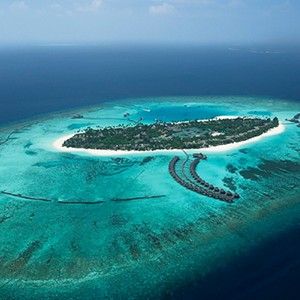 overview of island - The sun Sivam Iru Fushi - Luxury Maldives Honeymoons