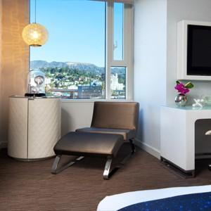w hotel hollywood - las angles - honeymoon dreams - cool corner room